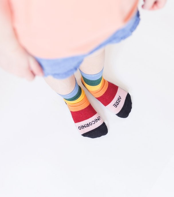 "Mini Calcetines ""Arre unicornio"" ARCOIRIS"
