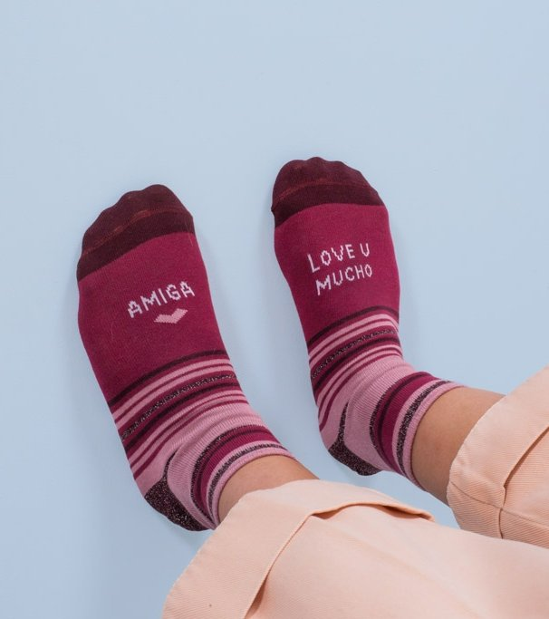 "Calcetines ""Amiga love you mucho"" Rosa"