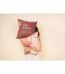 """Funda Cojín """"Love is Love, Definición"""" Burdeos"""