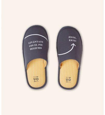 """Zapatillas """"Levántate con el pie derecho"""" Amarillas"""