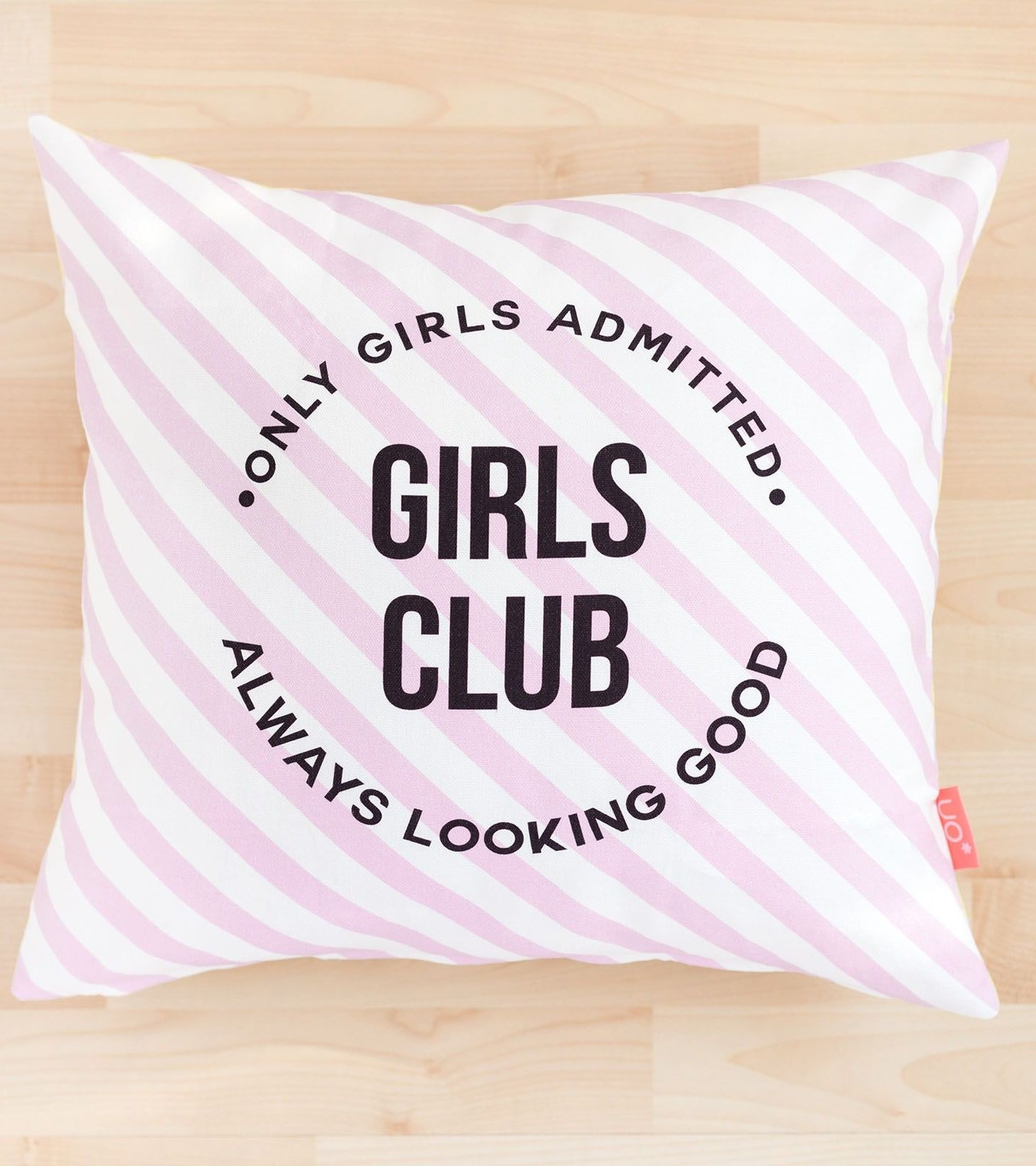 "Funda Cojín ""Girls Club"""