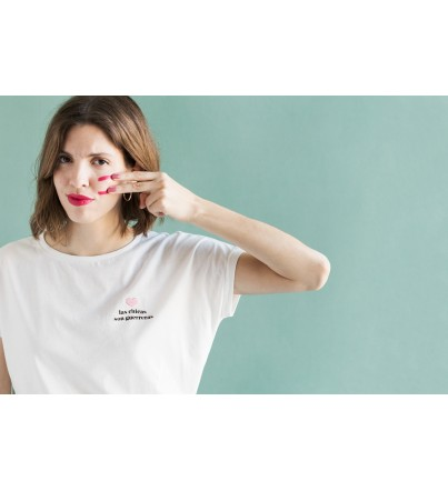 """Camiseta Solidaria """"Las chicas son guerreras"""""""
