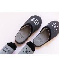 """Zapatillas Slippers """"Levántate con el pie derecho"""" Negro"""